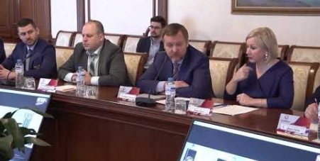 Embedded thumbnail for Телемост из Правительства Ленинградской области