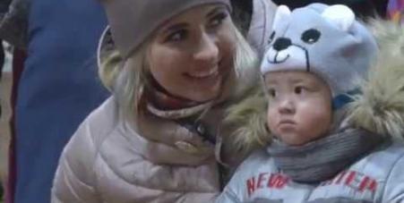 Embedded thumbnail for Семейный хоккейный фестиваль «Люблю папу, маму и хоккей», Воркута, 18 декабря 2016 года